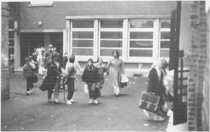 Collège Dominique SAVIO, sortie des élèves en 1988